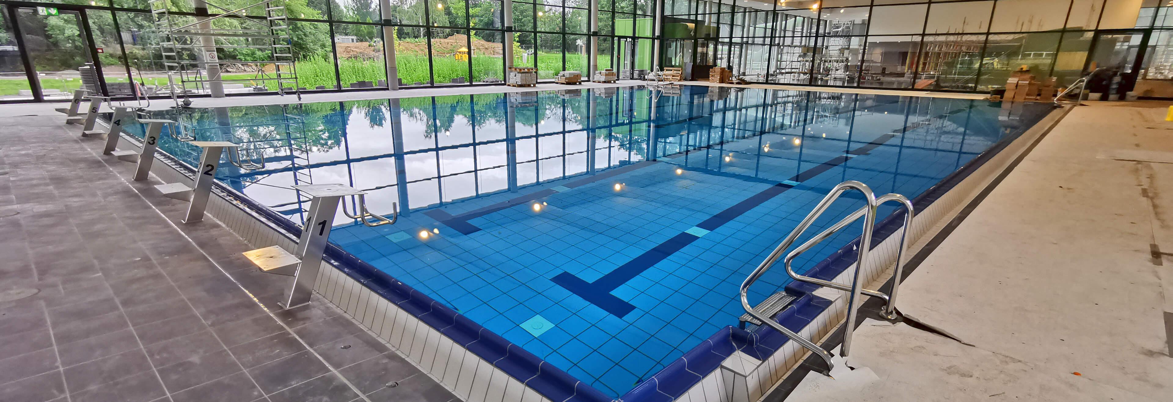 Schwimmhalle und Freibad Prohlis